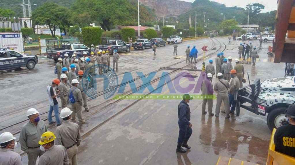 SSPO recupera de forma pacifica la planta cementera de Lagunas, Oaxaca