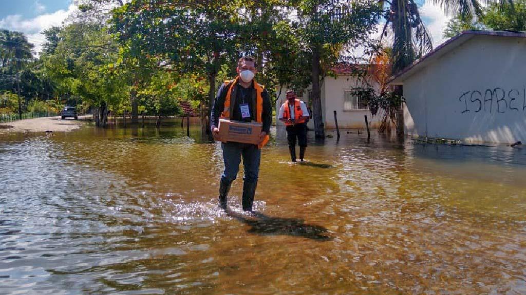 Envía Oaxaca brigada médica al vecino estado de Tabasco